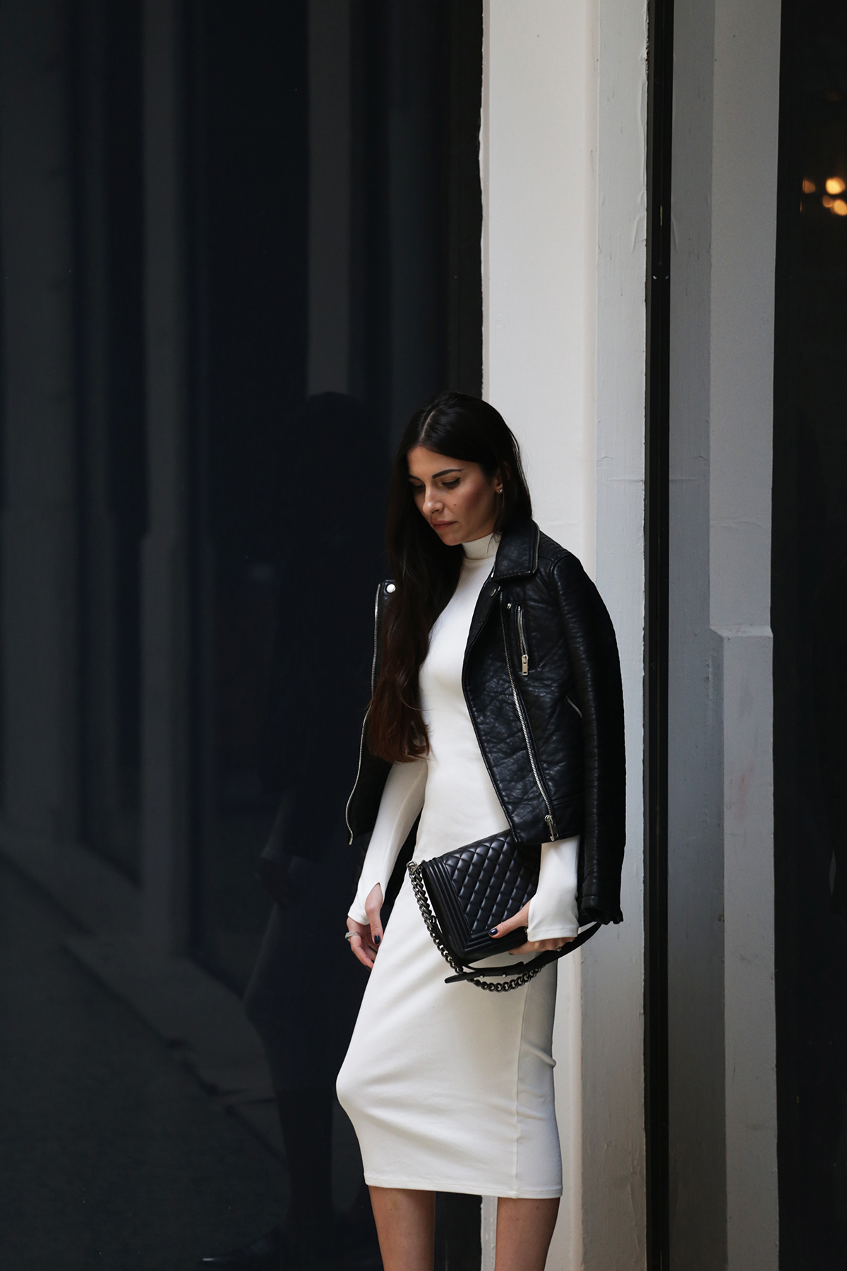 black and white outfit look