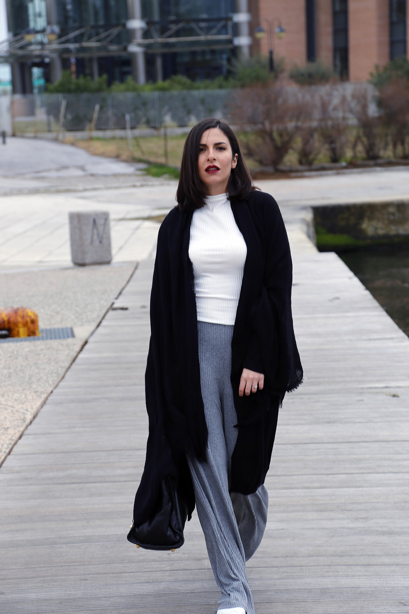 casual chic street style stella asteria greek blogger