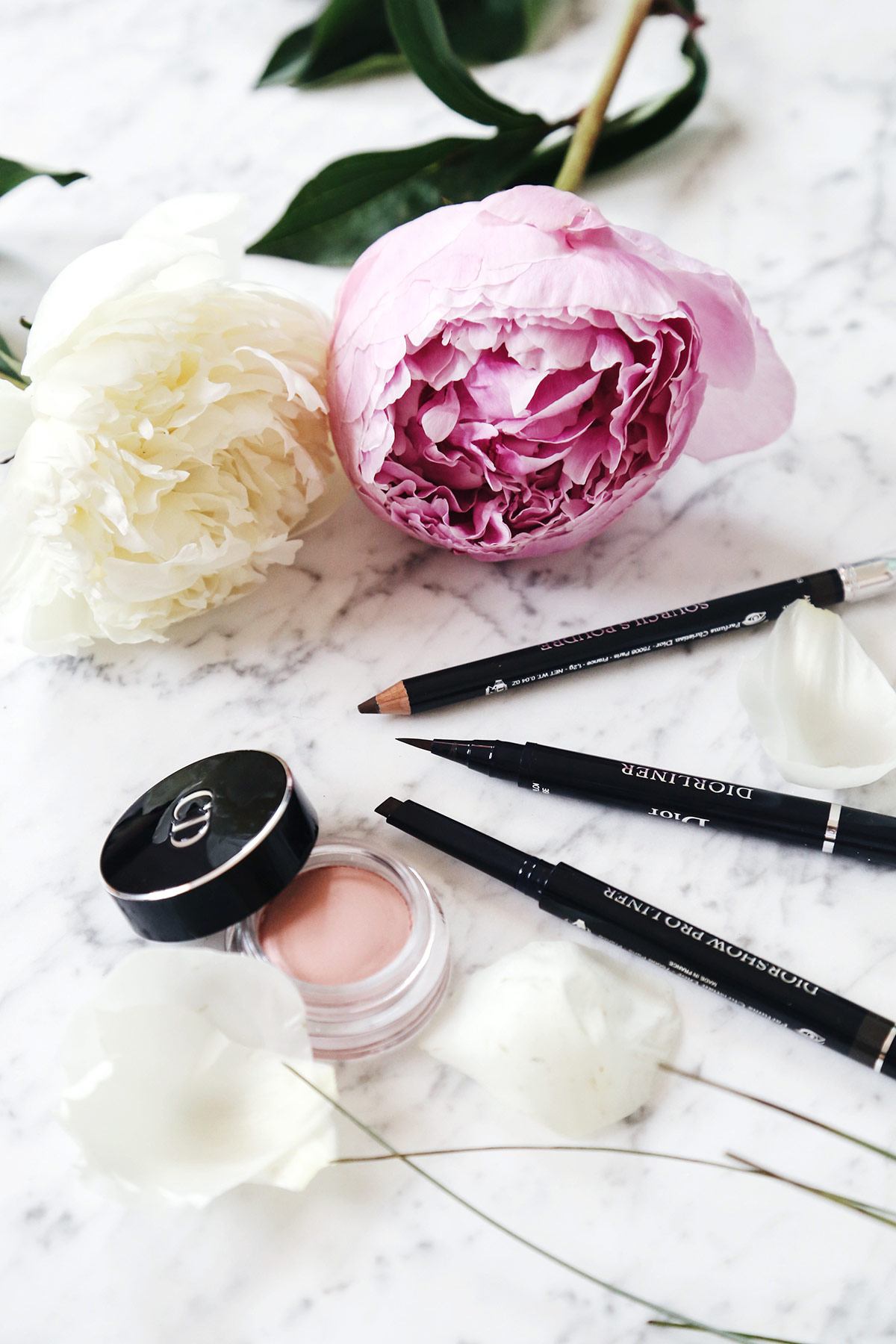 Dior makeup products eye liners
