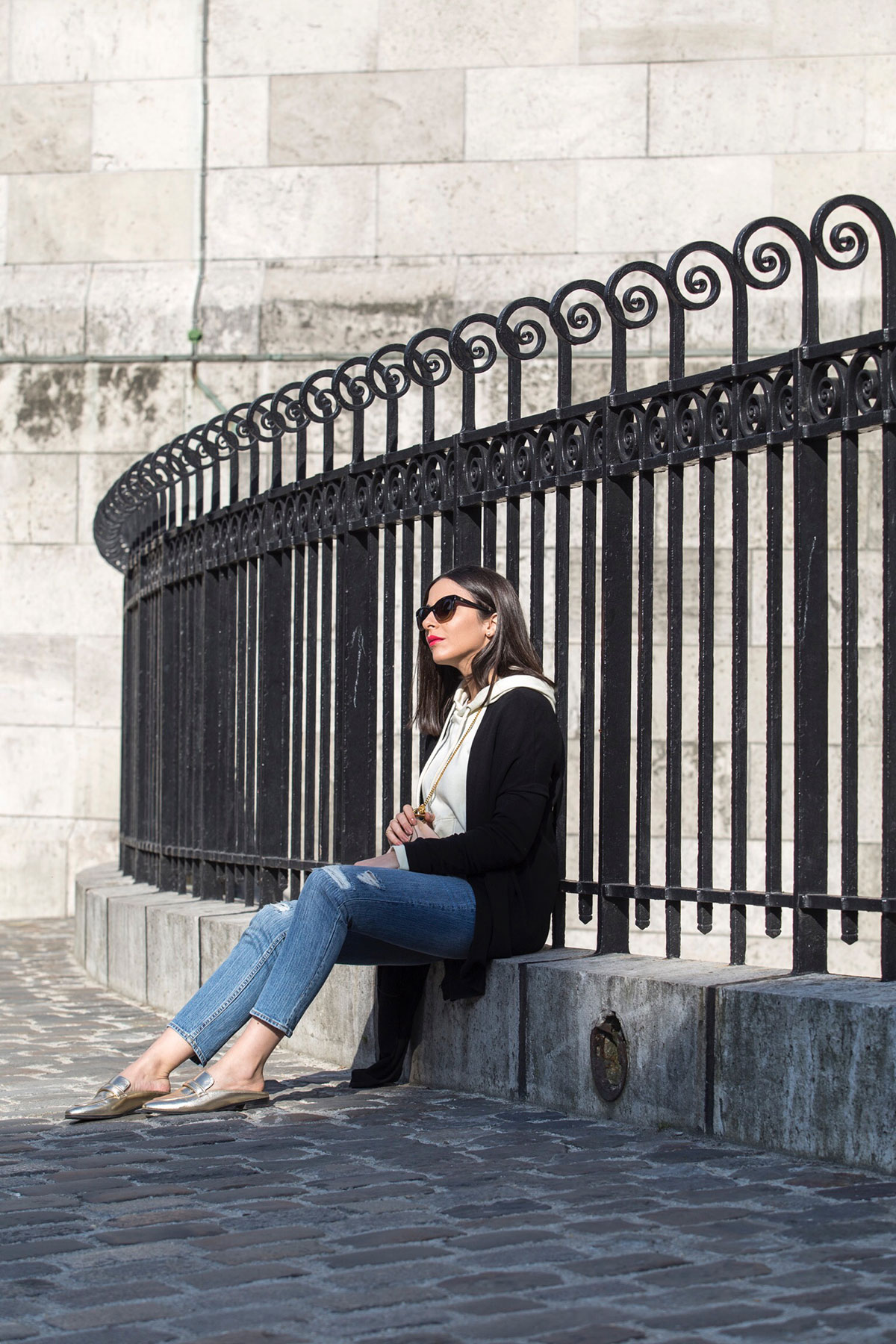 Sunday in Montmartre - casual weekend look by Stella Asteria | Fashion & Lifestyle Blogger