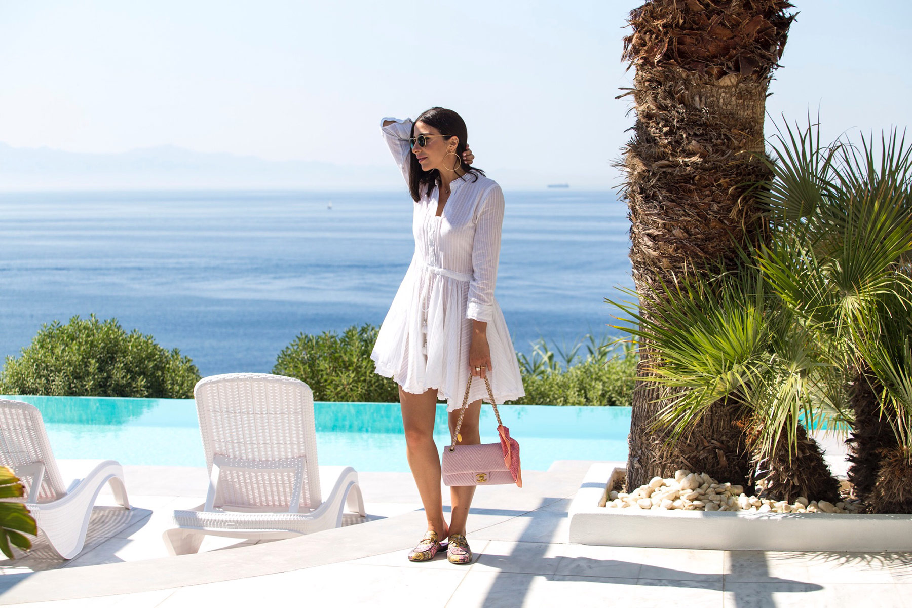How to wear a little white dress by Stella Asteria | Fashion & Lifestyle Blogger