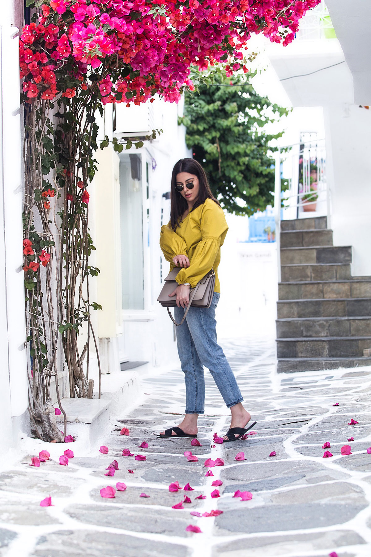 Greek islands fashion - What to wear in Greece by Stella Asteria - Fashion & Lifestyle Blogger