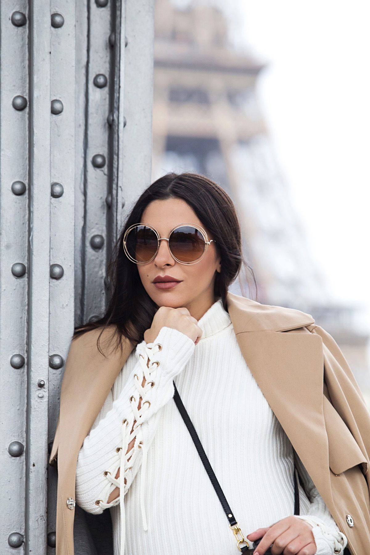 Maje ecru turtleneck dress for fall worn with camel trench coat, Chloé Carlina sunglasses and Louis Vuitton palm springs backpack by Stella Asteria - Fashion & Lifestyle Blogger in Paris - Paris Street Style & Pregnancy Style inspiration