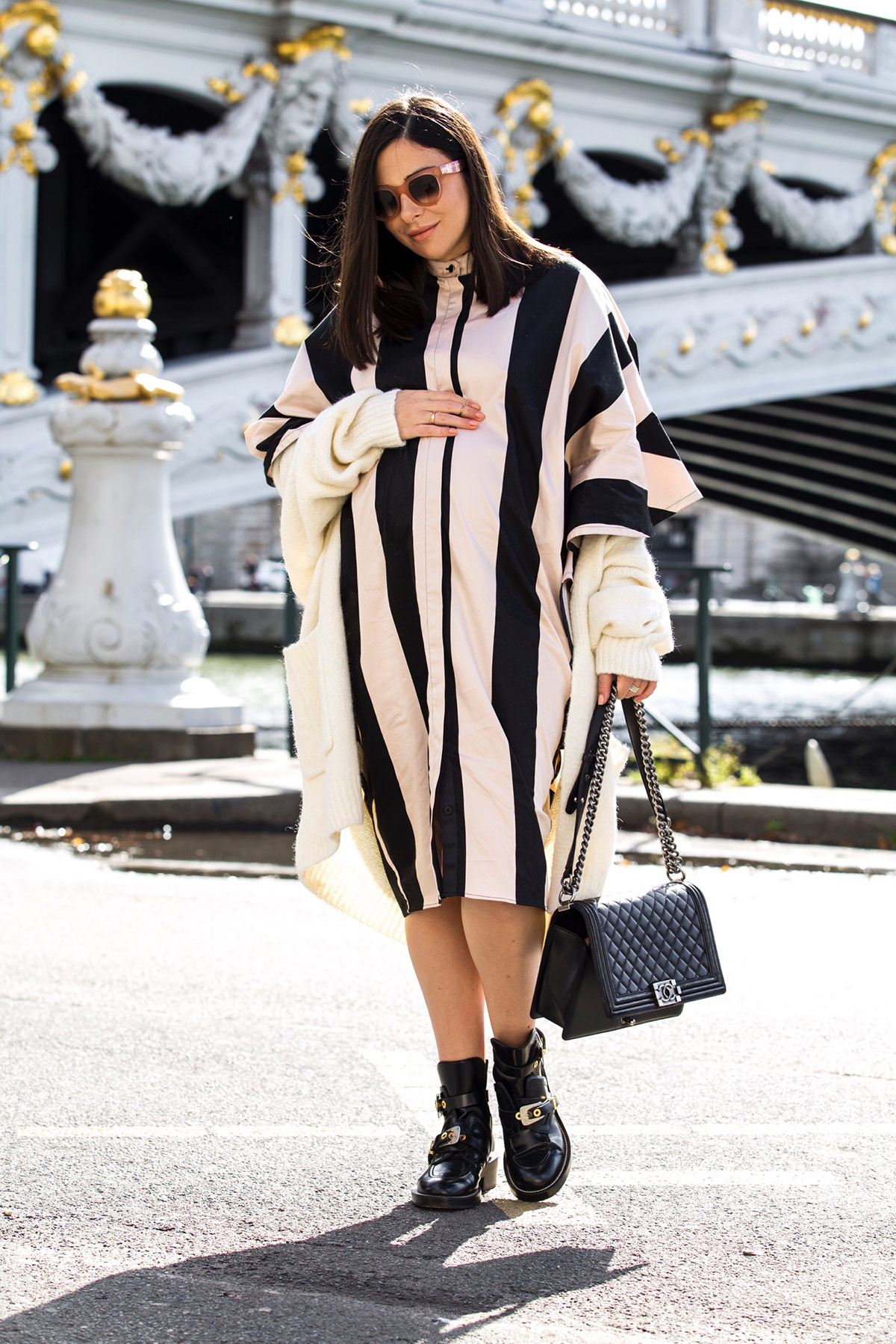 pregnancy style - stripes and ruffles dress for Paris Fashion Week by Stella Asteria - Fashion & Lifestyle Blogger - how to dress the bump elegantly