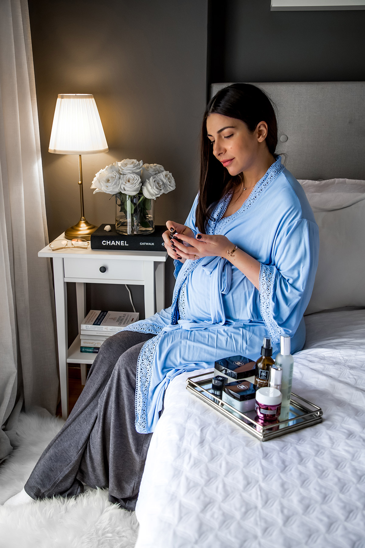 How I spend the last days of pregnancy - Stella Asteria | Fashion & Lifestyle Blog - maternity style with maternity/nursing robe by PinkBlush