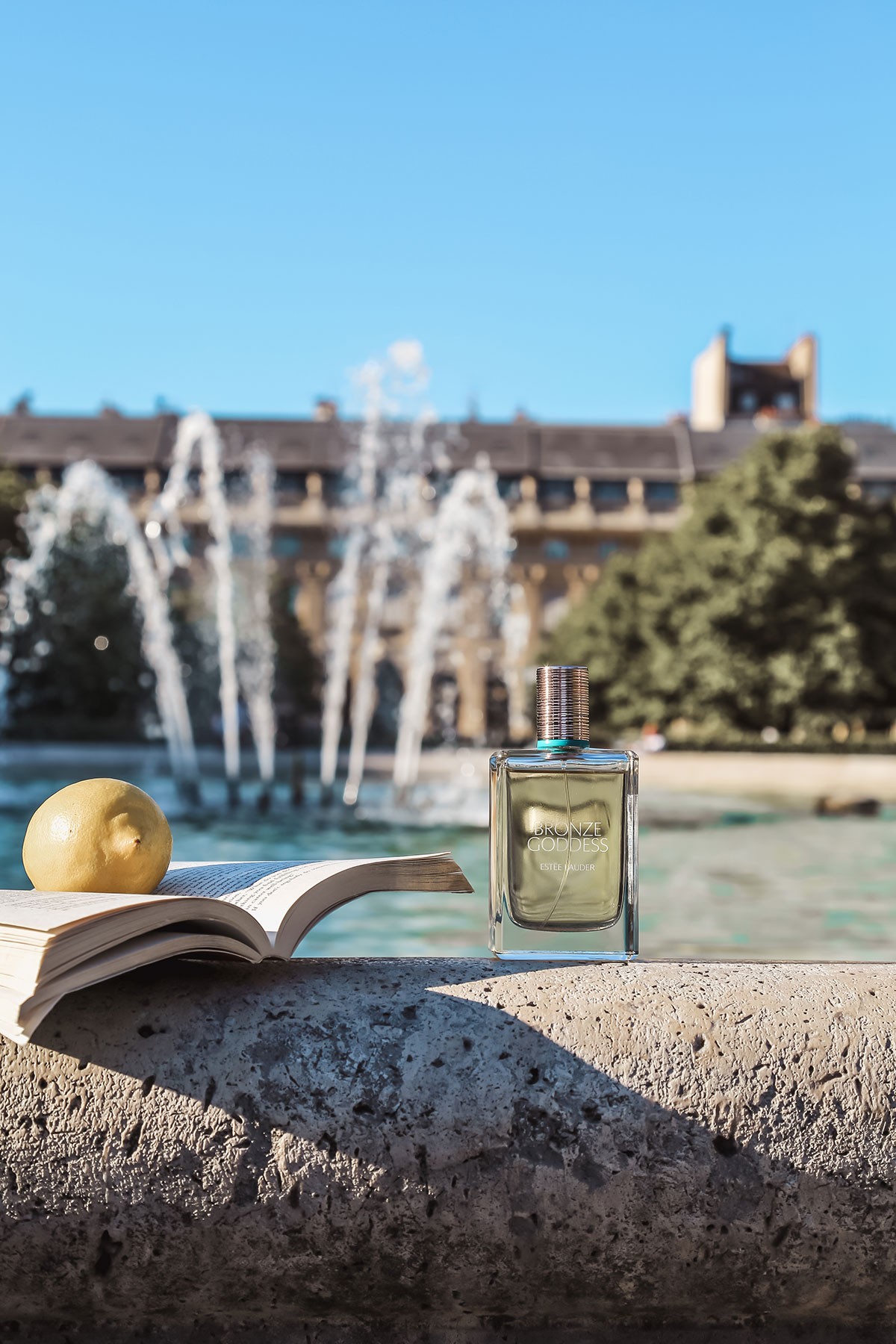 Estée Lauder Bronze Goddess perfume fragrance