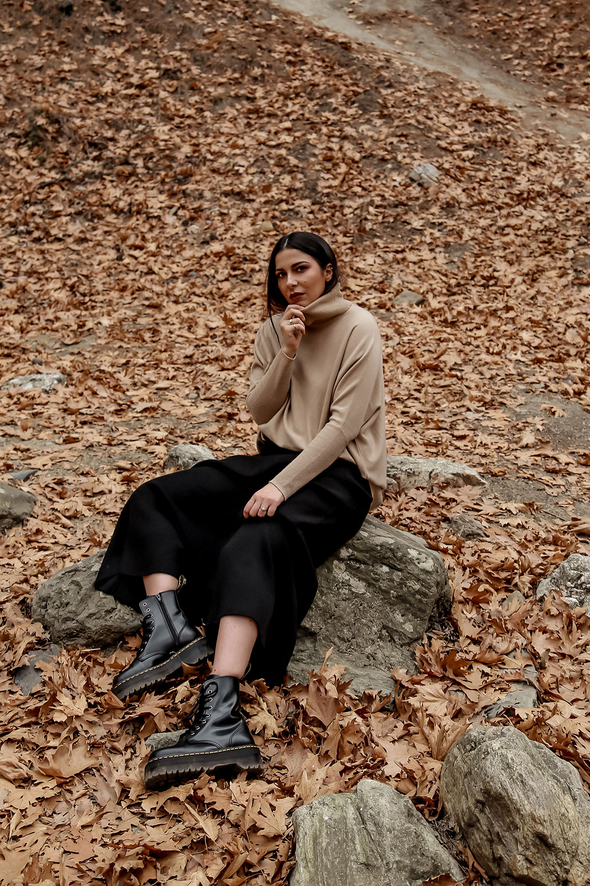 favourite fall wardrobe staples by Stella Asteria - wearing turtleneck sweater with knit skirt and Dr Martens boots
