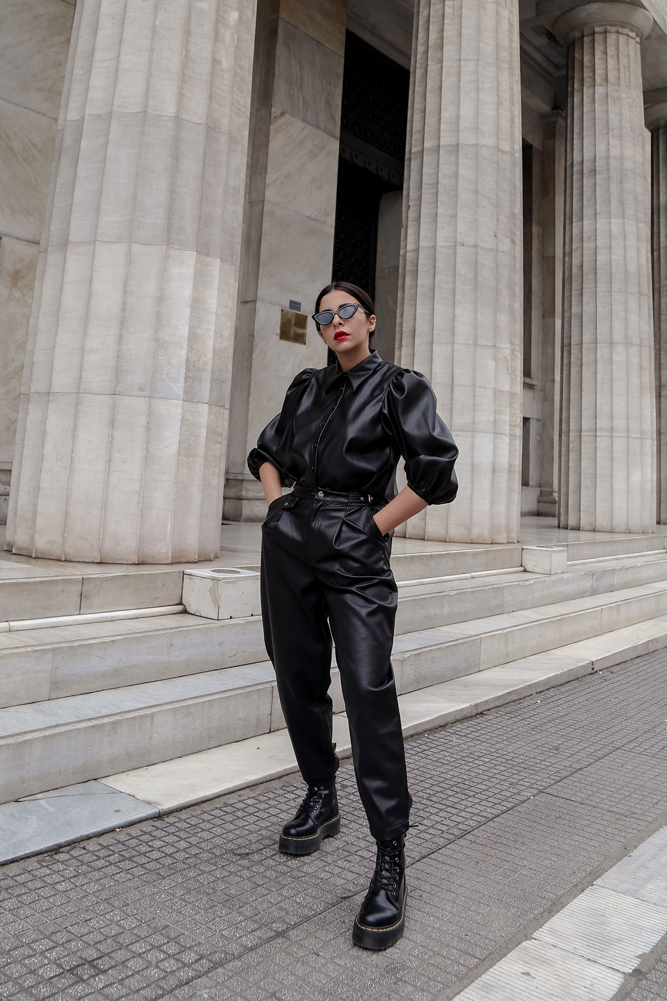Stella Asteria wearing leather on leather look in total black
